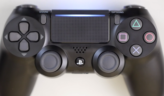 New dualshock 4 includes a light on the touch pad dualshock 4 light bar light aloadofball Images