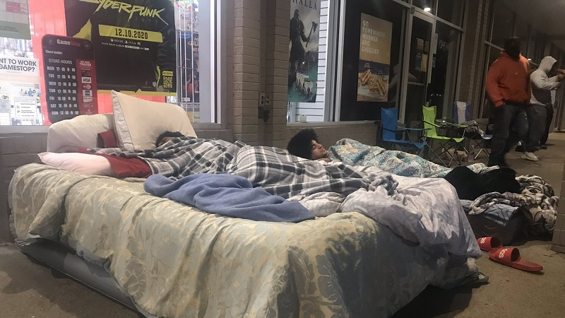 Limited PS5 GameStop Stock Prompted People to Camp Outside